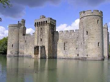 Zamek Bodiam (Anglia)