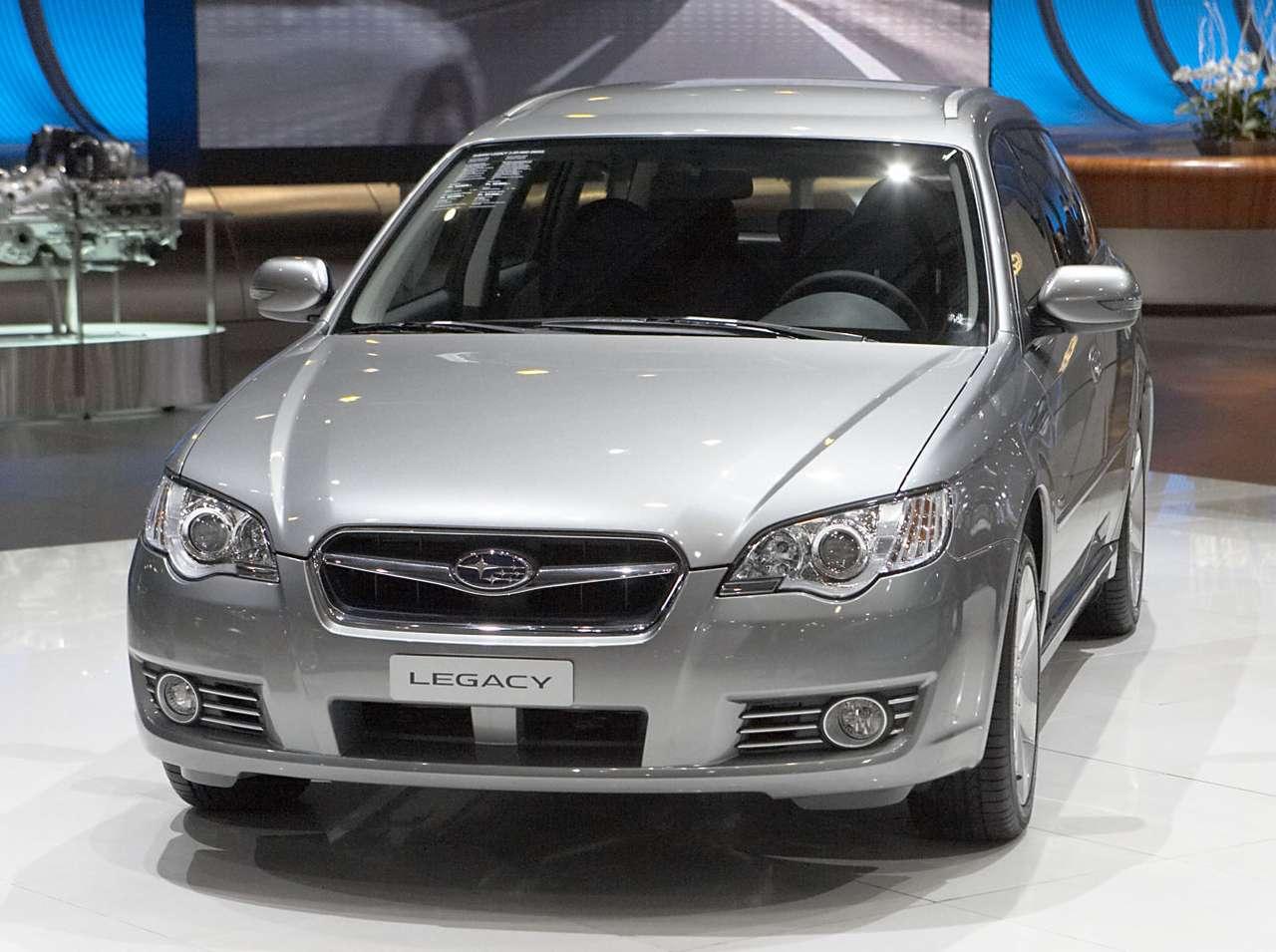 Subaru Legacy puzzle ze zdjęcia