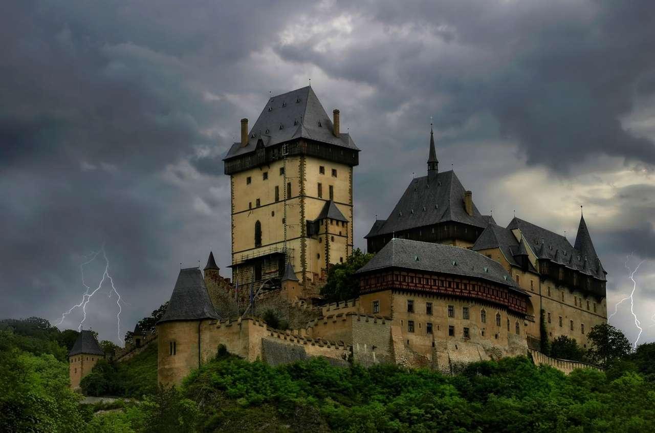 Zamek Karlstejn (Czechy)