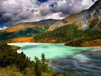 Jezioro Akkem na Syberii (Rosja)