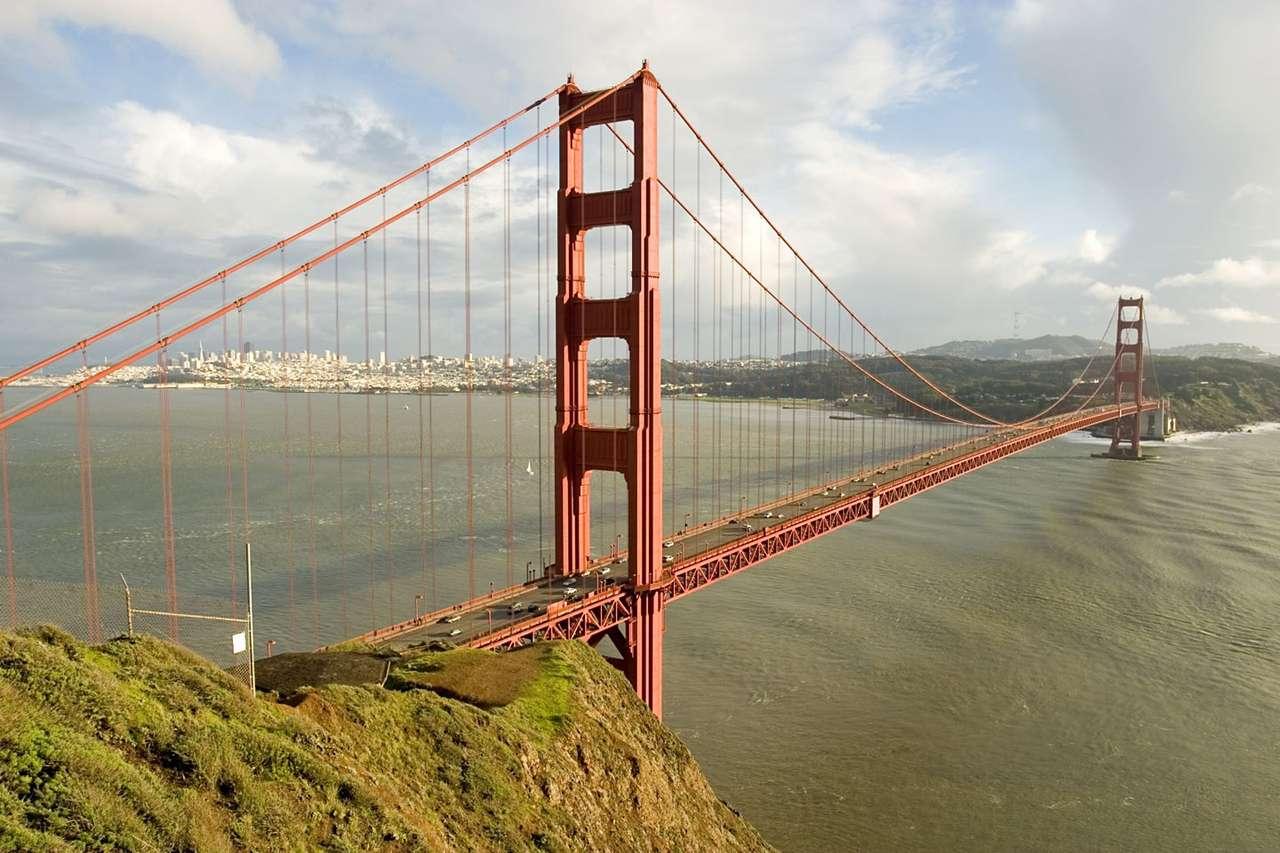 Most Golden Gate (USA) - Most Golden Gate to most wiszący wybudowany nad cieśniną Golden Gate (Złote Wrota) łączącą Zatokę San Francisco z Oceanem Spokojnym. Łączy on miasto San Francisco z hrabstwem Marin. Golden (12×8)