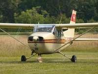 Reims Aviation F172