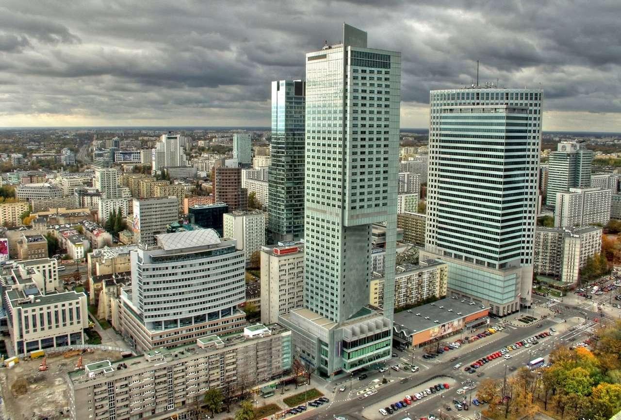 Miasto stołeczne Warszawa - Widok na Warszawę z Pałacu Kultury i Nauki. Na pierwszym planie widać m.in. Warsaw Financial Center i pięciogwiazdkowy hotel InterContinental. Oba wieżowce mają ponad 150 metrów wysokości (18×12)