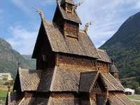Kościół klepkowy w Borglund (Norwegia)