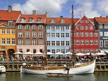 Dzielnica Nyhavn w Kopenhadze (Dania)