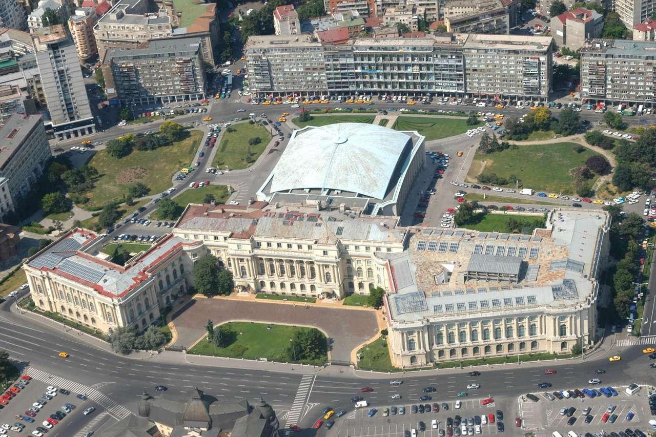 Narodowe Muzeum Sztuki (Rumunia) - Rumuńskie Narodowe Muzeum Sztuki mieści się w Pałacu Królewskim w centrum Bukaresztu. Budynek pochodzi z 1937 roku. Poważnie uszkodzony podczas rewolucji w 1989 roku, do użytku publicznego zost (27×18)
