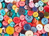 Kolorowe guziki puzzle