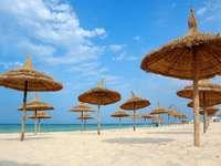 Plaża w mieście Susa (Tunezja)