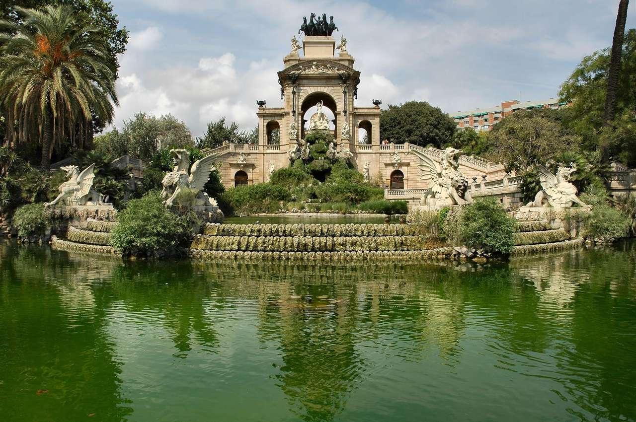 Fontanna w Parku Cytadeli (Hiszpania)