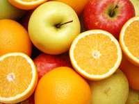 Jabłka i pomarańcze