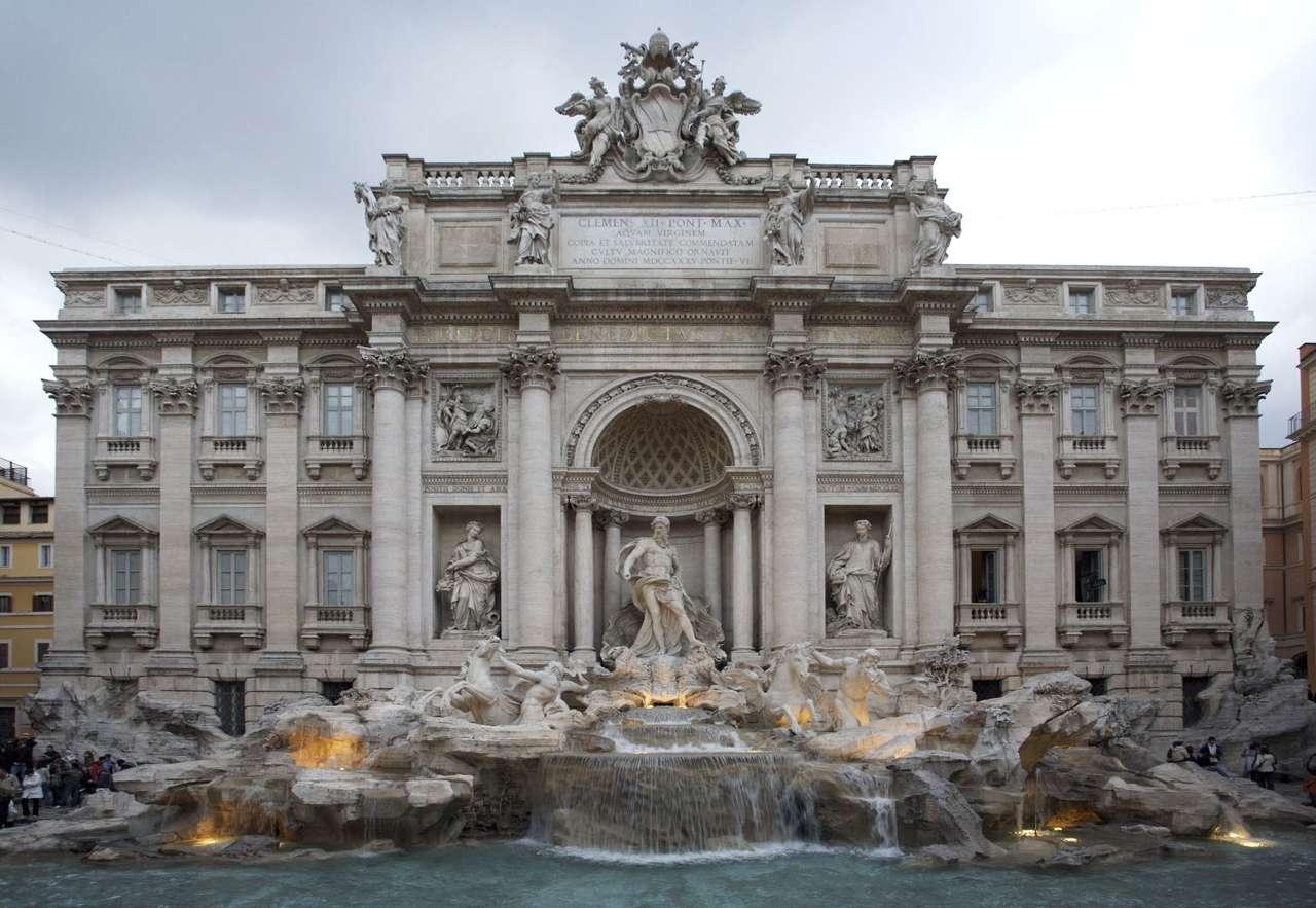 Fontana di Trevi (Włochy) - Fontana di Trevi to najbardziej znana i prawdopodobnie najpiękniejsza z rzymskich fontann. Monumentalna barokowa konstukcja dominuje nad placem, na którym została wybudowana. Fontanna przypomina fa (10×5)