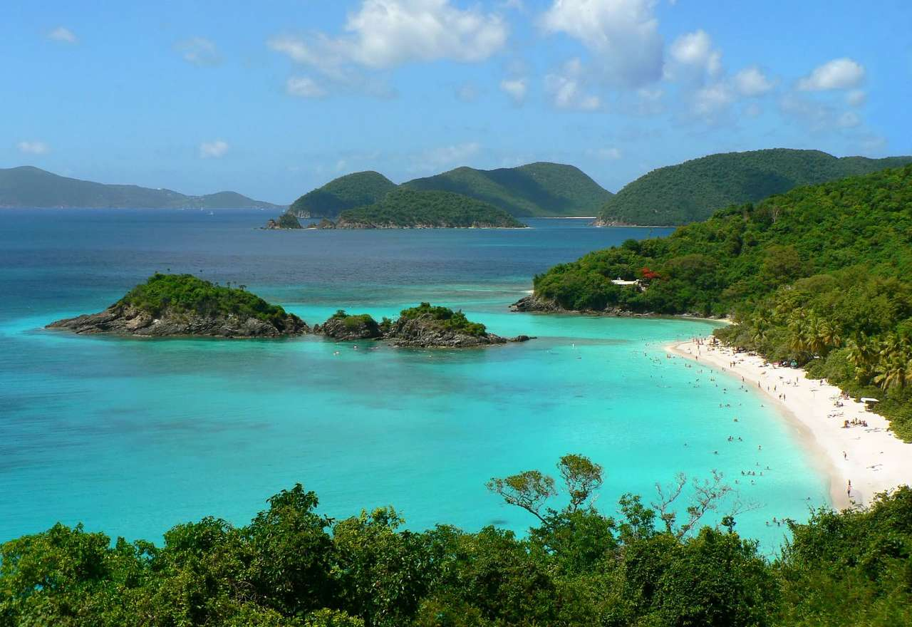 Plaża Trunk Bay (Wyspy Dziewicze) - Trunk Bay jest uznawana za jedną z najpiękniejszych plaż na świecie. Położona jest na wyspie Saint John należącej do, leżących w basenie Morza Karaibskiego, Wysp Dziewiczych Stanów Zjednocz (9×6)