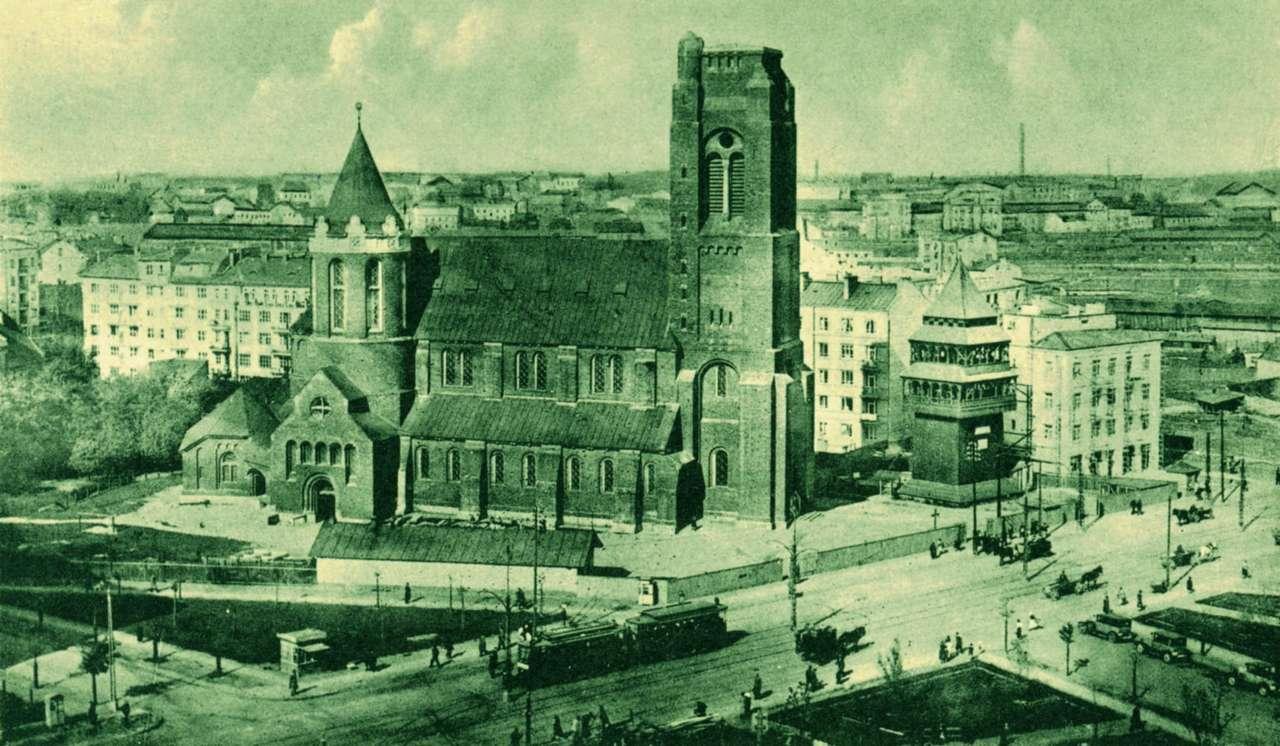 Kościół Świętego Jakuba - Kościół Świętego Jakuba, dwudziestolecie międzywojenne. Pocztówka ze zbiorów Archiwum Państwowego m.st. Warszawy (12×5)