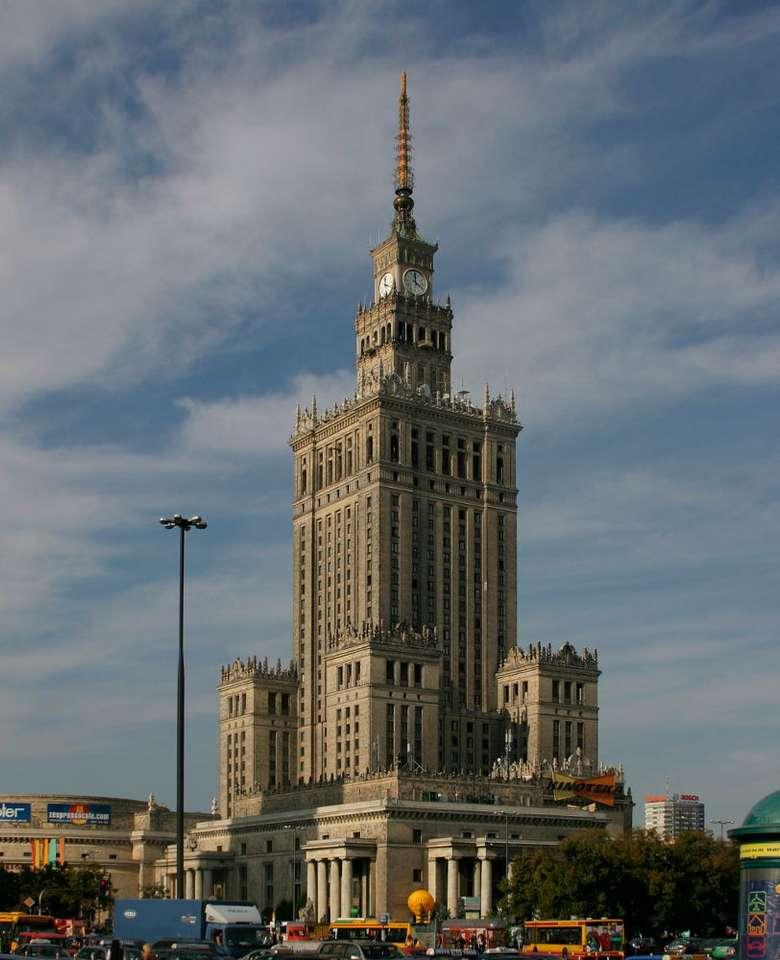 Pałac Kultury i Nauki - Pałac Kultury i Nauki to najwyższy i najlepiej rozpoznawalny budynek Warszawy. Jego całkowita wysokość to 237 metrów. Pałac, ze względu na swoją historię i styl, budzi żywe emocje wśród m (7×8)