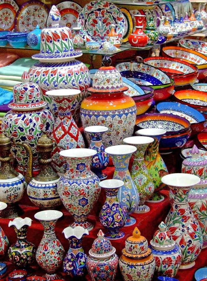 Turecka porcelana - Do kupienia w wielu sklepach w Turcji. Każdy turysta chce przywieźć jakąś pamiątkę z egzotycznej wycieczki, być może nawet coś delikatnego i niewygodnego do transportu (13×17)