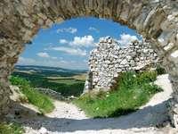Zamek w Czachticach (Słowacja)