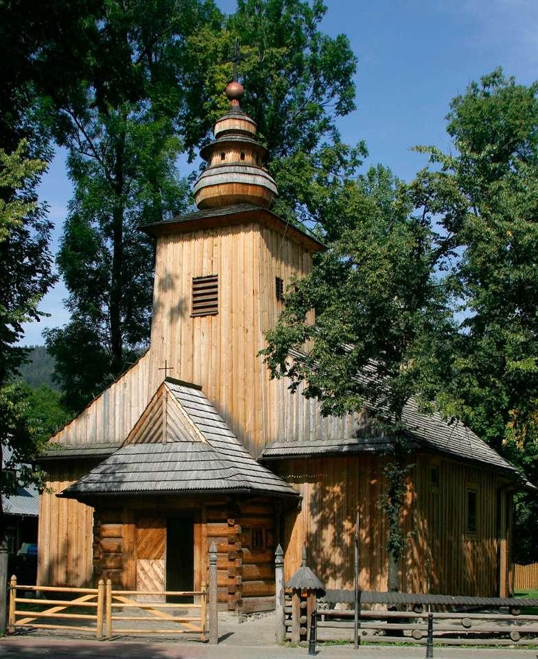 Kościół na Pęksowym Brzyzku - Kościół Matki Bożej Częstochowskiej w Zakopanem przy ulicy Kościeliskiej znany jest także jako Stary Kościółek i Kościółek na Pęksowym Brzyzku. Niewielka, drewniana świątynia została (8×9)