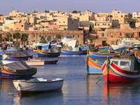 Łodzie rybaków z Marsaxlokk (Malta)