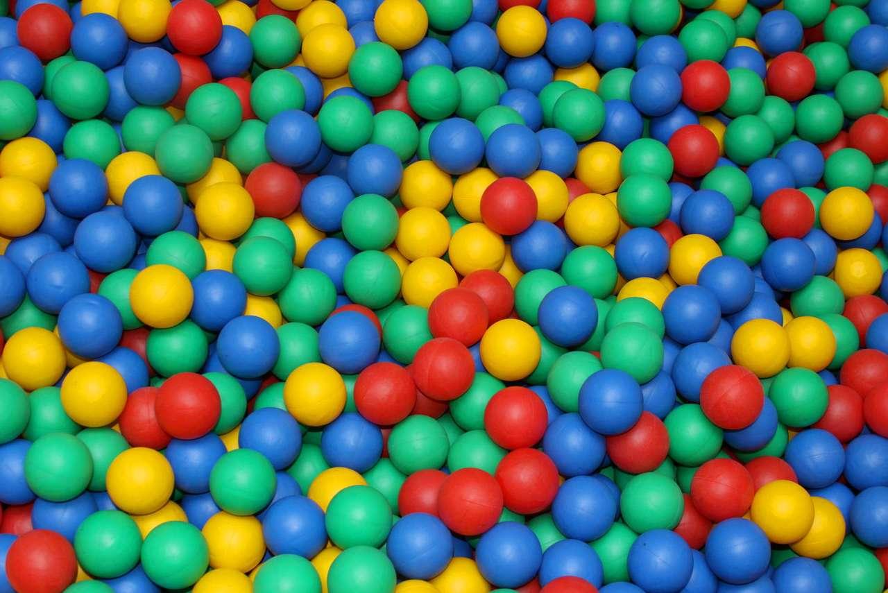 Kolorowe piłki
