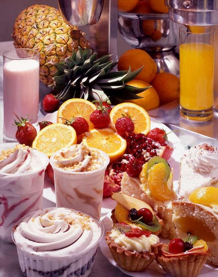 Apetyczne desery - Poza rozkosznym smakiem, deser powinien także ładnie wyglądać, wtedy radość z jego degustacji jest znacznie większa. Nie przez przypadek składnikiem deserów są często owoce - smaczne ze swe (13×16)