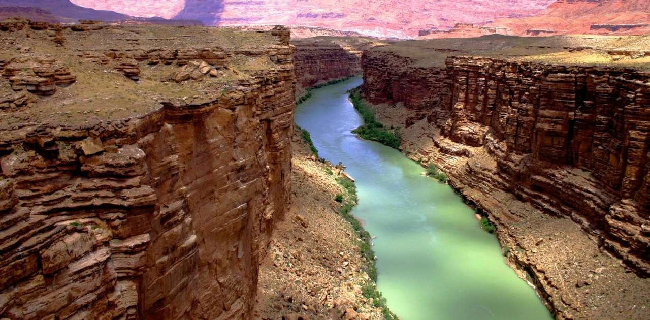 Kanion Marble (USA) - Kanion Marble w Arizonie stanowi początkową część Wielkiego Kanionu Kolorado. Okres jego powstawania szacuje się na około 10 milionów lat, dlatego w przekroju kanionu możemy oglądać osady s (14×7)
