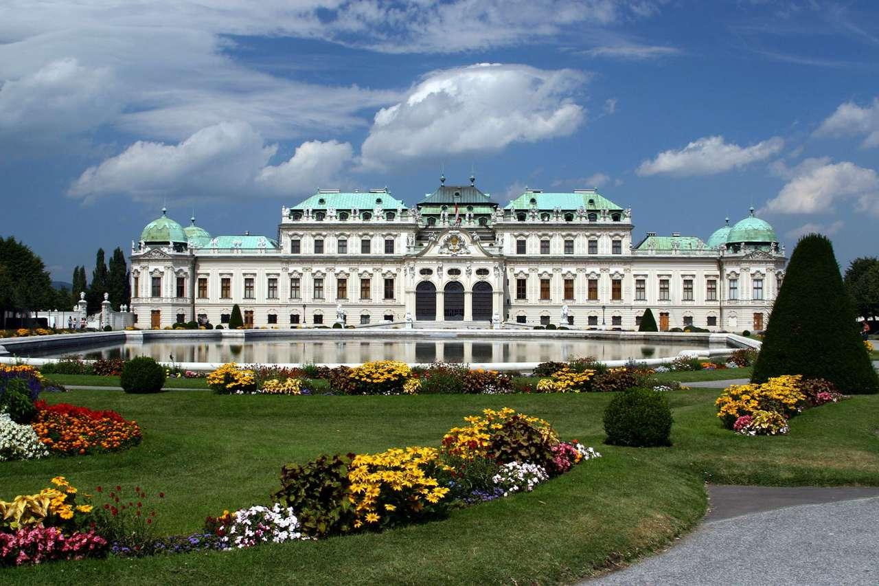Wiedeński Belweder (Austria) - Belweder w Wiedniu to pałac, który był barokową rezydencją księcia Eugeniusza Sabaudzkiego żyjącego na przełomie XVI i XVII wieku. Ostatnim Hausburgiem, który urzędował w Belwederze, był (12×8)