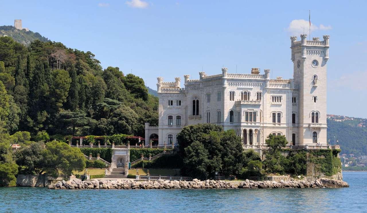 Zamek Miramare w Trieście (Włochy)