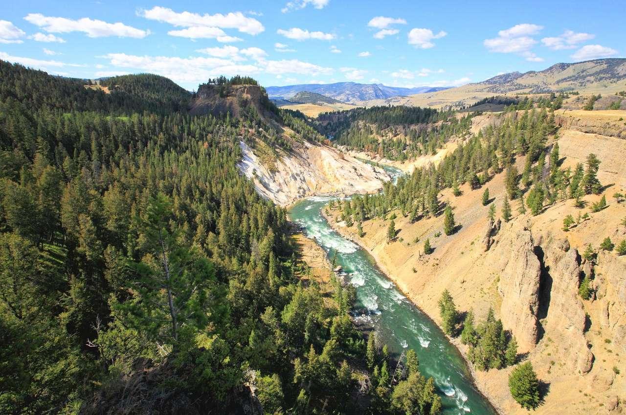 Rzeka Yellowstone (USA) -  (9×6)