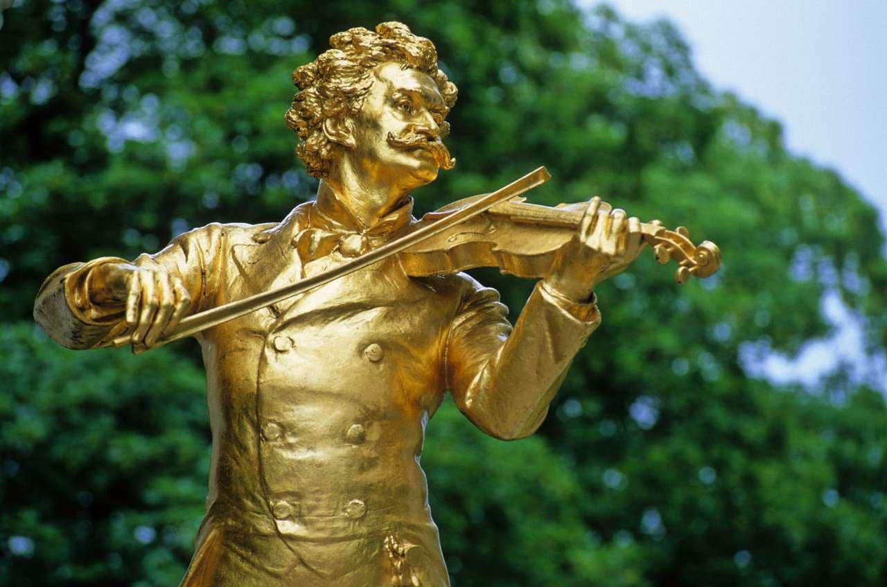 Pomnik Johanna Straussa w Wiedniu (Austria) - Johann Strauss (syn) - austriacki kompozytor, skrzypek i dyrygent - był jednym z najsławniejszych pozytywistycznych muzyków. W Austrii Strauss był naczelnym muzykiem Gwardii Narodowej i dyrektorem (8×5)