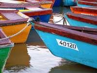 Przycumowane łódki