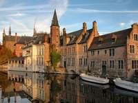 Kanały w Brugii (Belgia)