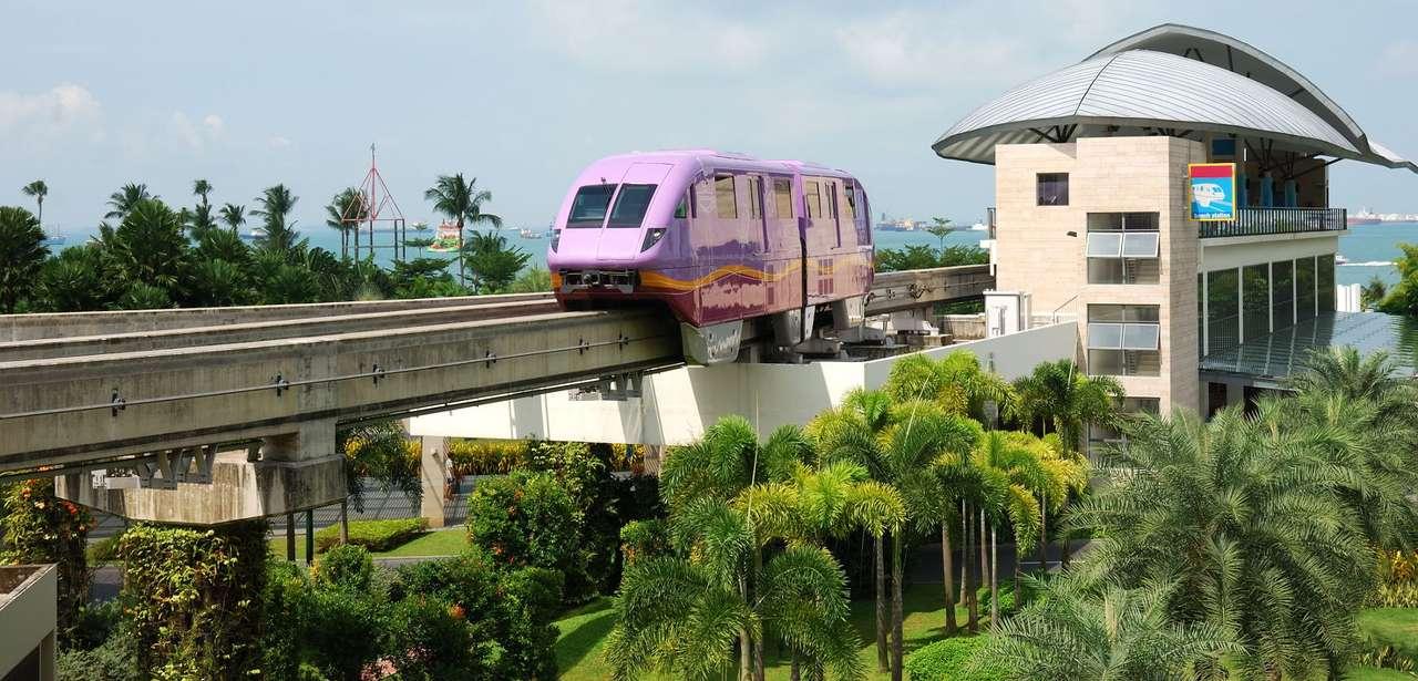 Stacja kolejowa w Sentosa (Singapur) - Wyspa Sentosa to jedna z największych wysp Singapuru. Sentosa to miejsce odpoczynku dla turystów i rodowitych mieszkańców. Na wyspę można się dostać kolejką linową, gdyż wyspa położona je (12×4)