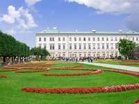 Ogród Mirabell w Salzburgu (Austria)