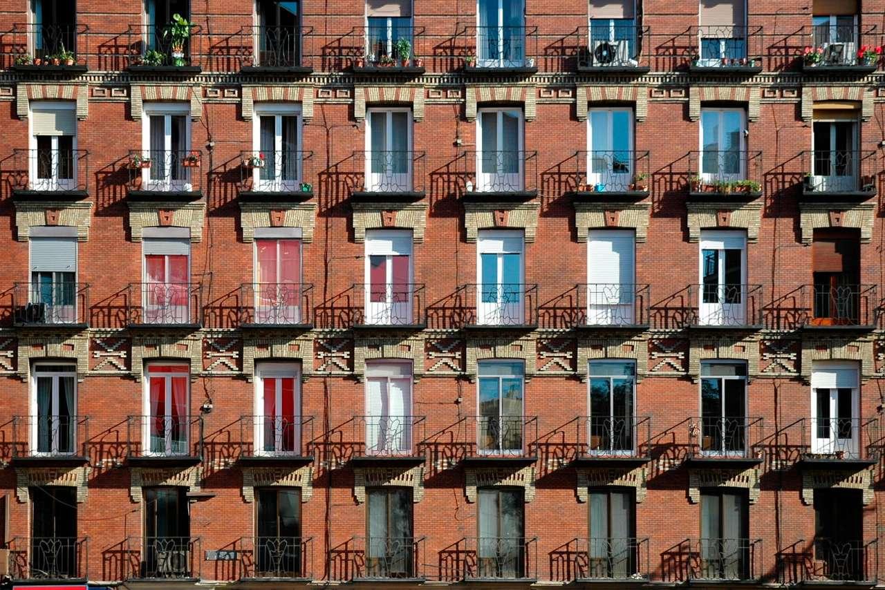 Fasada bloku mieszkalnego