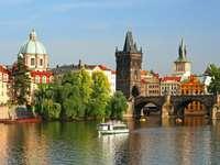 Most Karola w Pradze (Czechy) puzzle ze zdjęcia