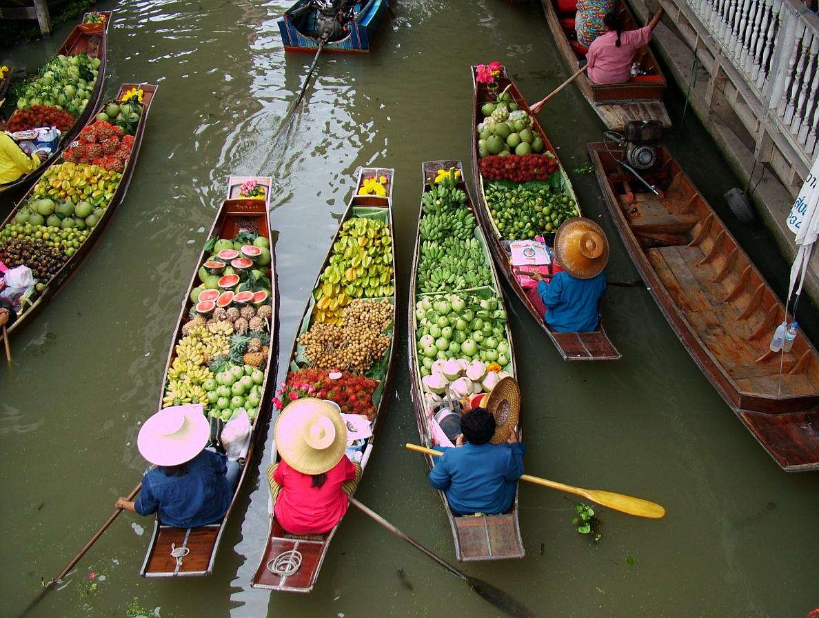 Pływający targ w Bangkoku (Tajlandia) -  (9×7)