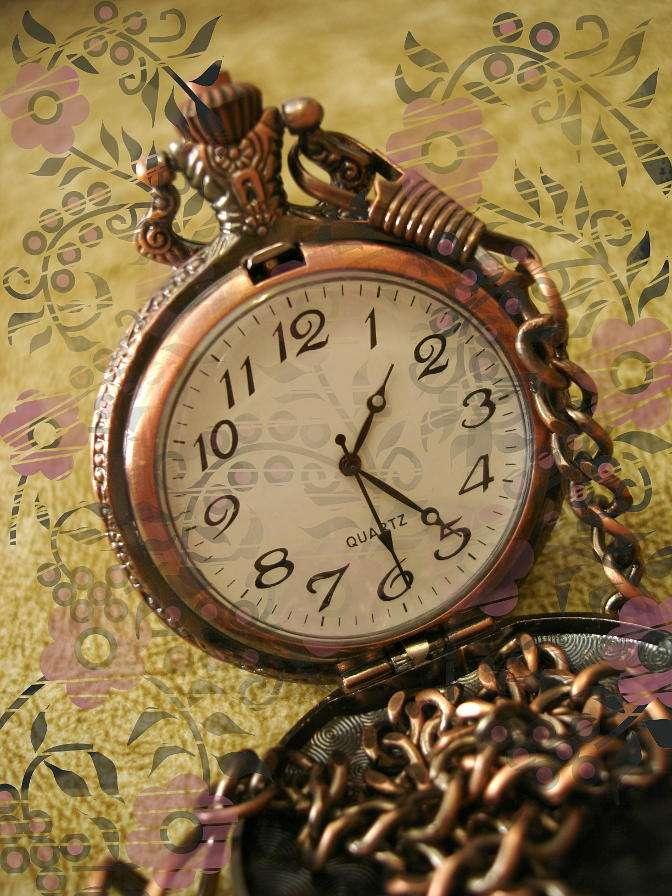 Kieszonkowy zegarek na łańcuszku