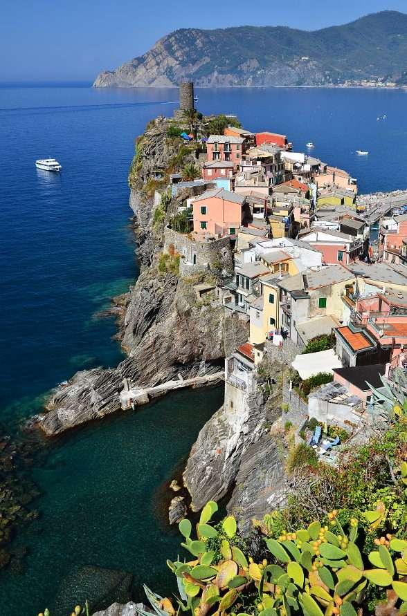 Miasto Vernazza na terenie Cinque Terre (Włochy)