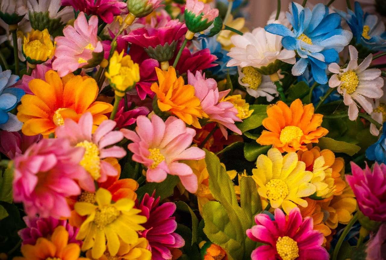 Sztuczne kwiaty puzzle online