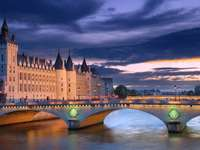 Most Wymiany w Paryżu (Francja) puzzle ze zdjęcia