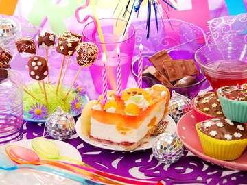 Urodzinowe smakołyki i dekoracje