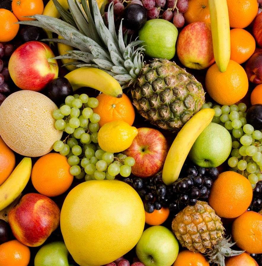Martwa natura z różnokolorowymi owocami - Cytrusy, banany, winogrona, ananasy i melony zaliczane są do grupy tak zwanych owoców tropikalnych, czyli takich, które rosną w krajach o klimacie tropikalnym i subtropikalnym. Wiele z nich, jak a (13×14)