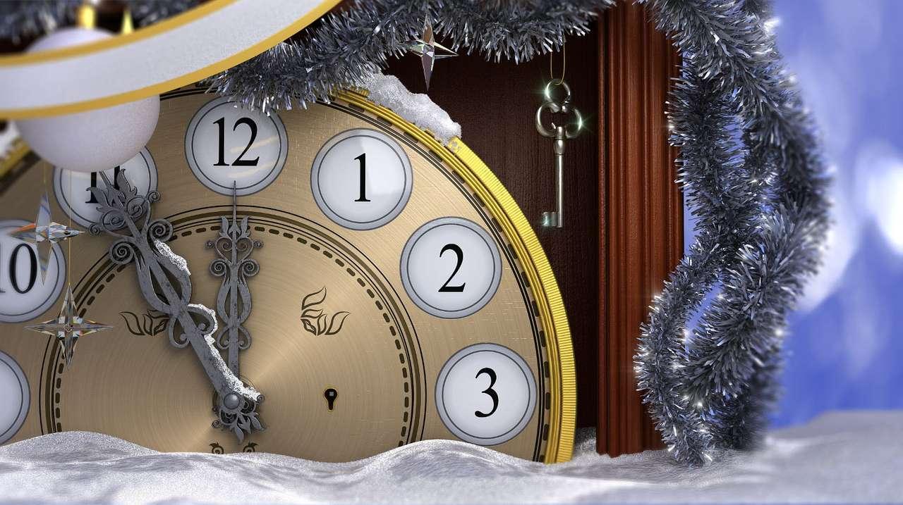 Noworoczna kompozycja ze starym zegarem - Nowy Rok to wyjątkowy czas. Kojarzony jest z okresem przełomowym, momentem, w którym przeszłość łączy się z przyszłością. Jest to także pora podsumowań, bilansów i zestawień odnoszący (13×7)