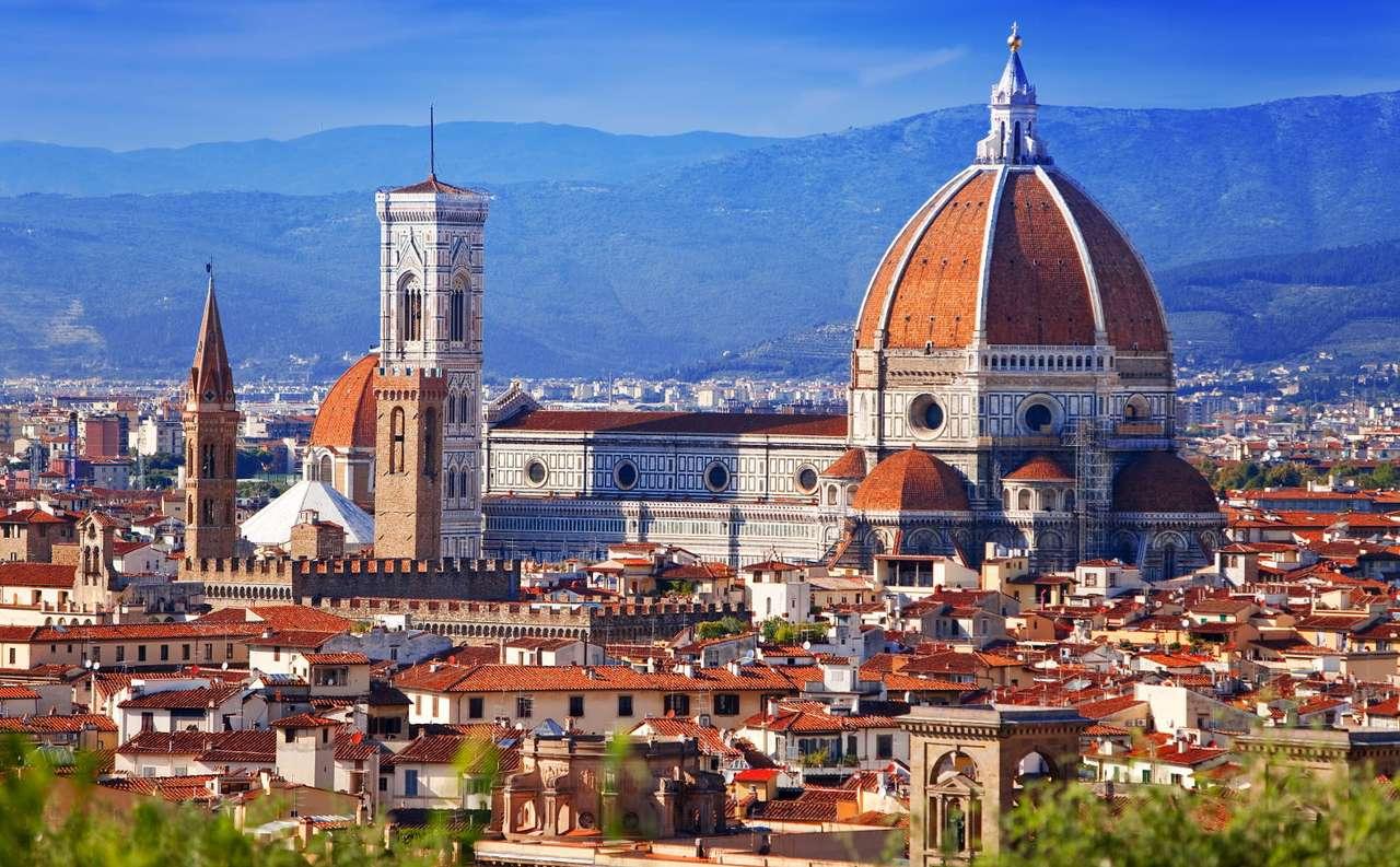 Katedra Santa Maria del Fiore we Florencji (Włochy) - Florencja to włoskie miasto znajdujące się w środkowej części kraju. Jednym z ważniejszych zabytków stolicy Toskanii jest Katedra Santa Maria del Fiore (Matki Boskiej Kwietnej). Świątynia ta (11×6)
