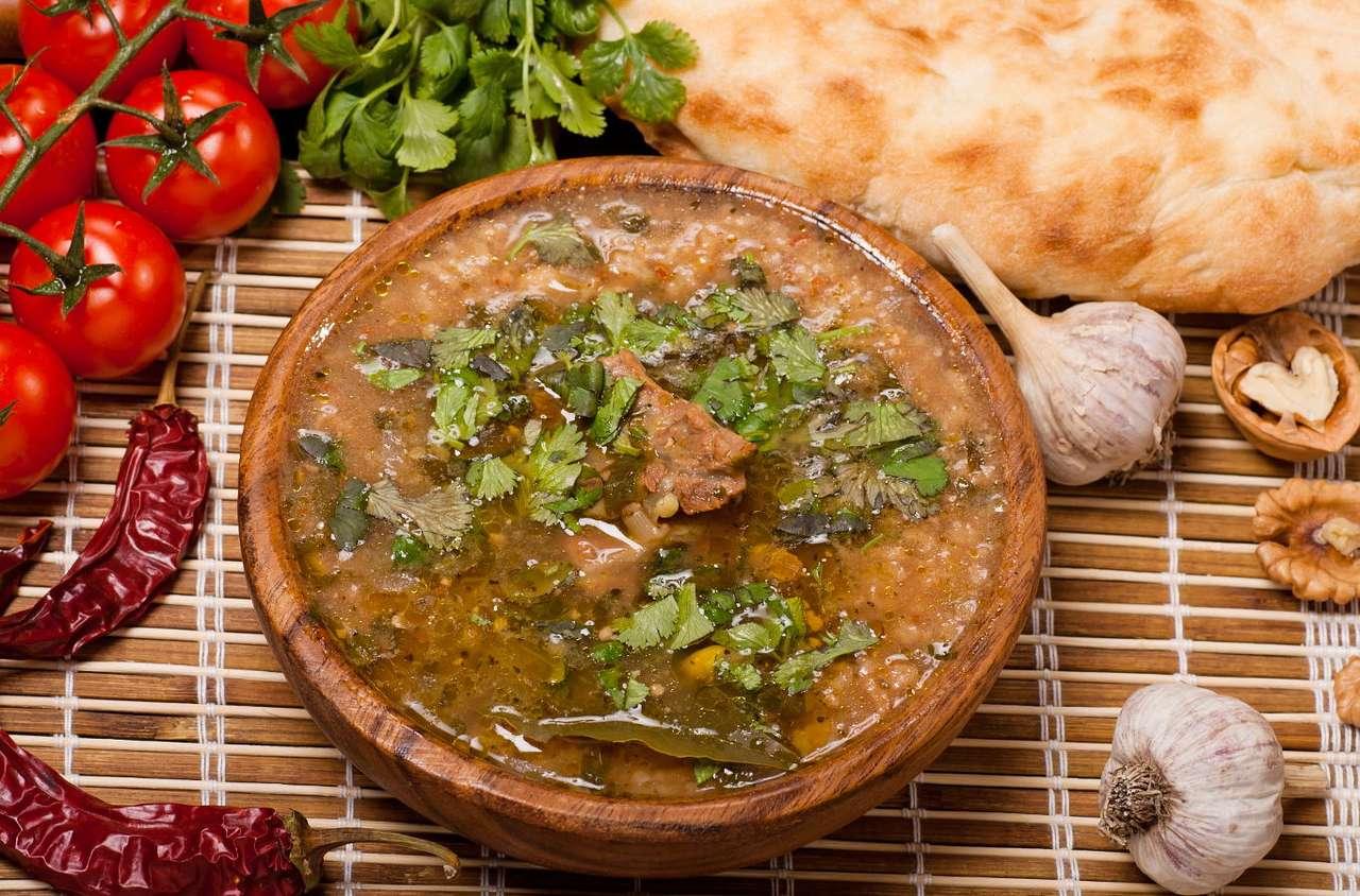 Warzywna zupa charczo -  (13×9)