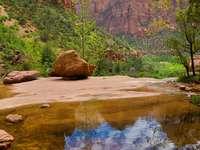 Szmaragdowe Stawy w Parku Narodowym Zion (USA)