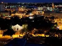 San Antonio nocą (USA)