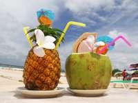 Egzotyczne koktajle na plaży