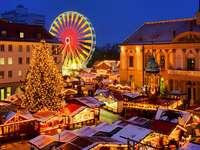Bożonarodzeniowy jarmark w Magdeburgu (Niemcy) puzzle online