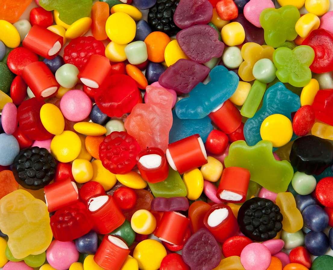 Mieszanka kolorowych cukierków puzzle
